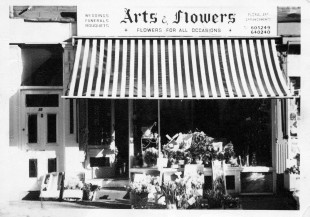 A History of Arts and Flowers